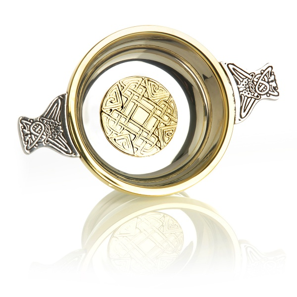Celtic Gold - Higland Whisky Quaich mit Messingrand & keltischem Muster